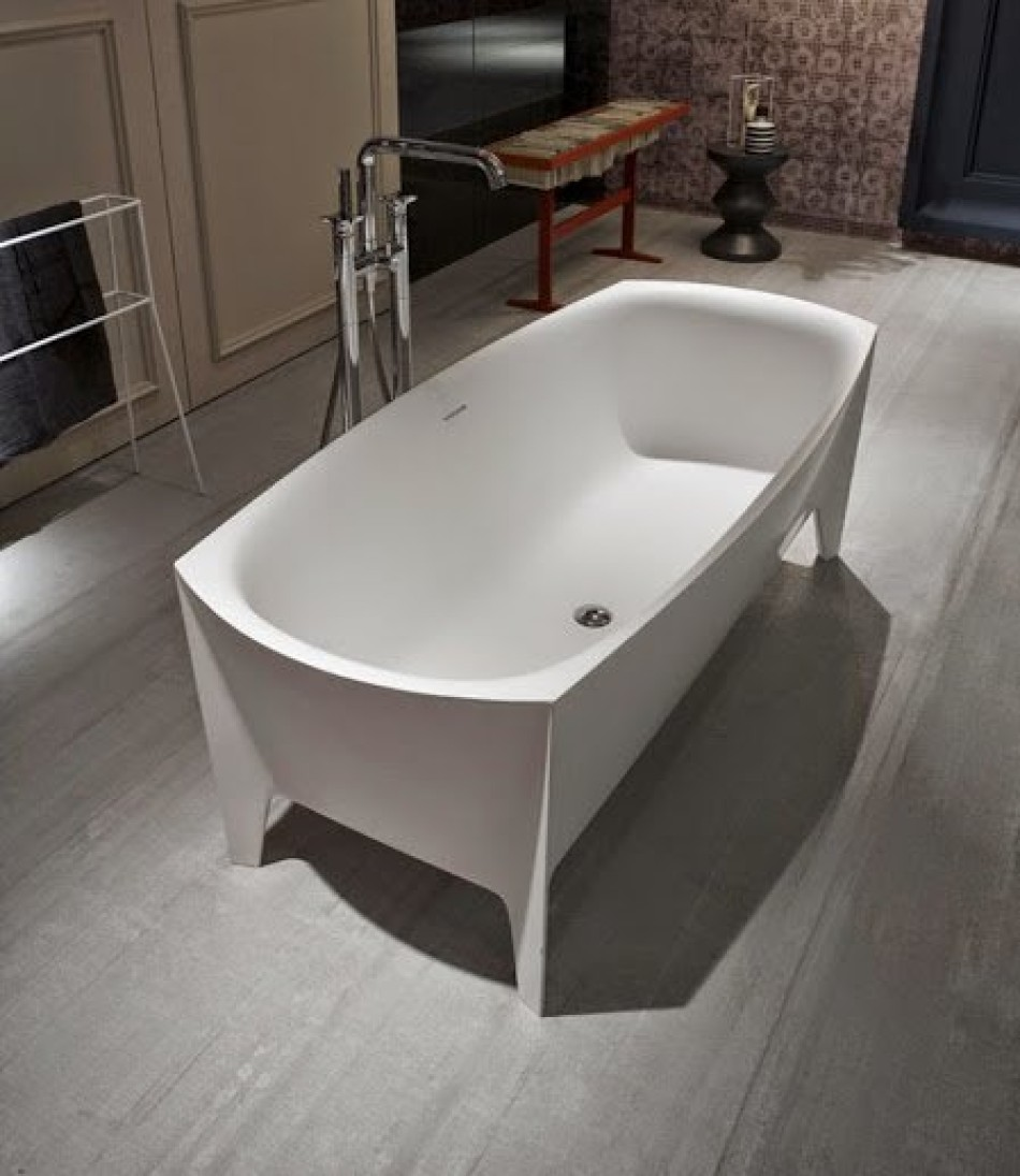 freestanding-modern-bathtub-by-mario-ferrarini-5